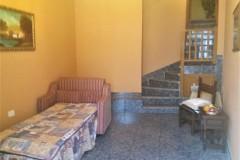 Sofabett, Treppe in den Wohnbereich